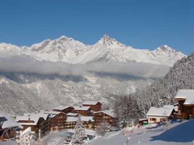 Location au ski Studio 4 personnes (1229) - Residence Les Melezets 1 - Valfréjus - Extérieur hiver