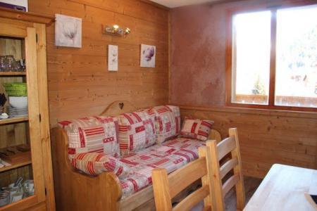 Location au ski Studio 4 personnes (1566) - Residence Les Melezets 1 - Valfréjus - Canapé