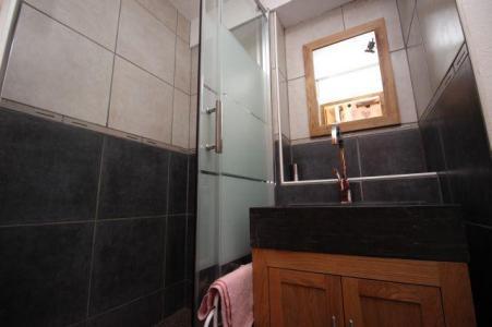 Location au ski Studio 4 personnes (1566) - Residence Les Melezets 1 - Valfréjus - Salle de bains