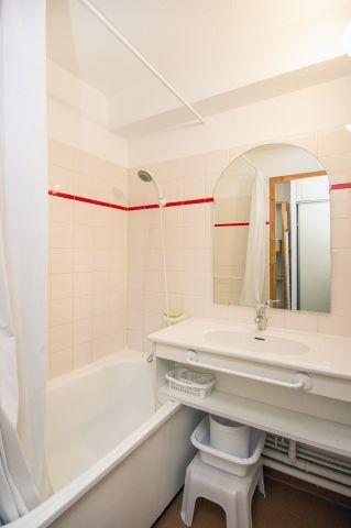 Location au ski Studio coin montagne 4 personnes (1458) - Residence Les Melezets 1 - Valfréjus - Salle de bains