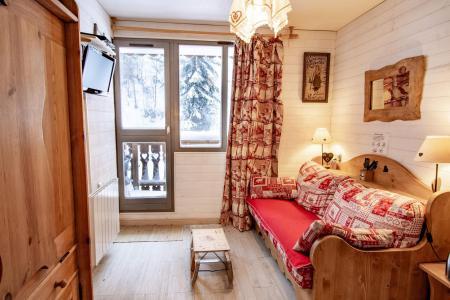 Location au ski Studio coin montagne 3 personnes (2102) - Residence Les Melezets 2 - Valfréjus - Table
