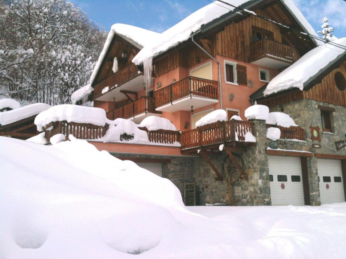 Accommodation Chalet Les Ancolies