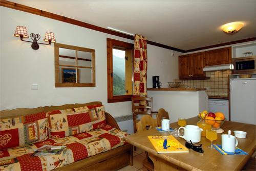 Location au ski Appartement 2 pièces 4 personnes - Le Hameau Et Les Chalets De La Vallee D'or - Valloire - Séjour