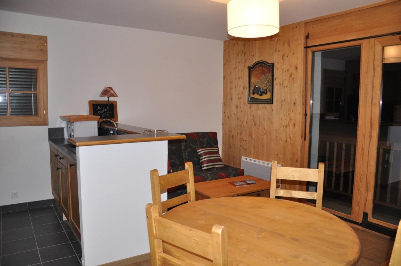 Location au ski Appartement 2 pièces cabine 4 personnes (A221) - Les Fermes De L'archaz - Valloire - Coin repas