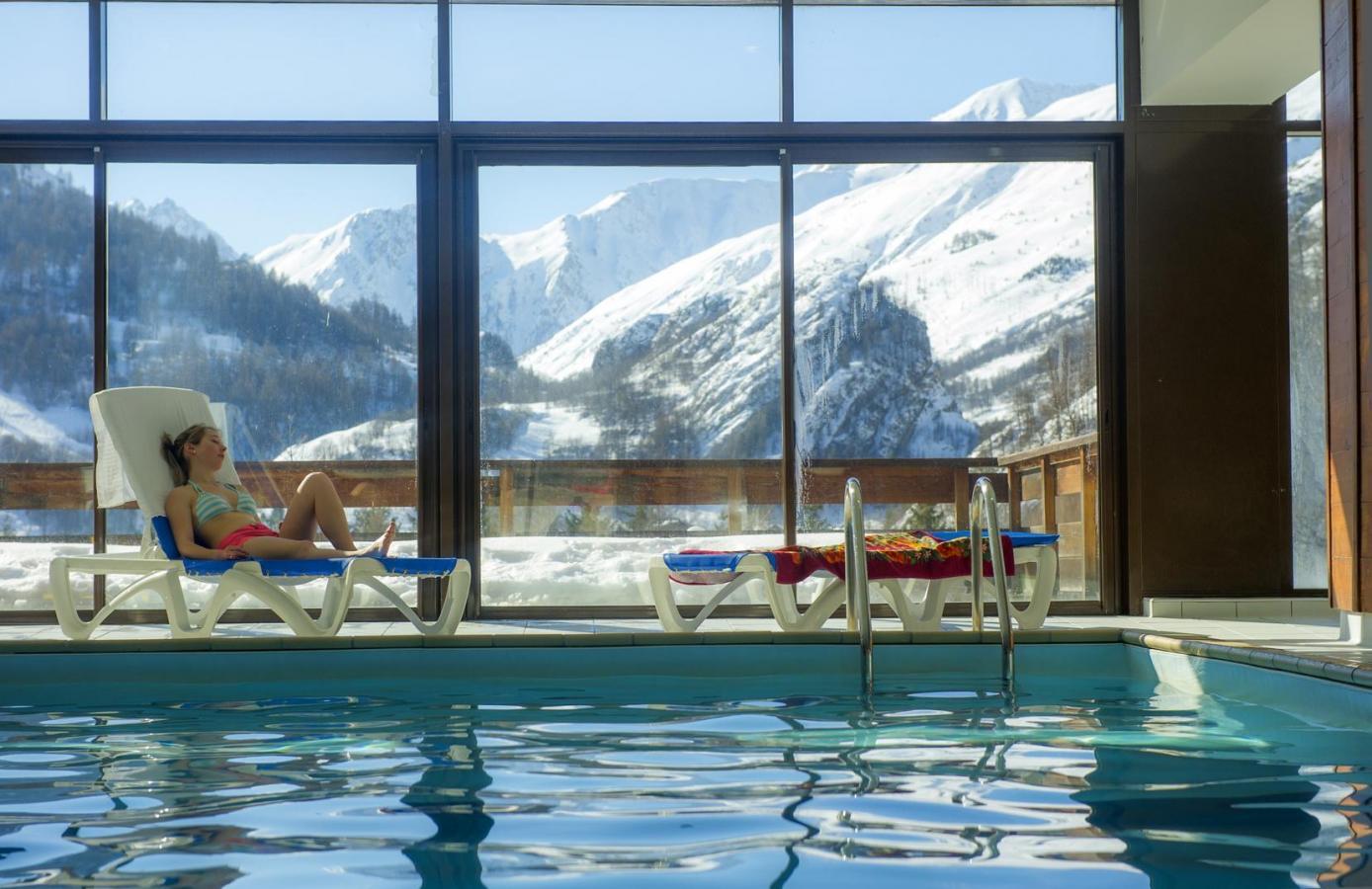 Residence le hameau de valloire 20 valloire location for Residence piscine couverte