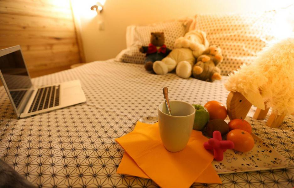 Аренда на лыжном курорте Chalet le Pure Altitude - Valloire - Двухспальная кровать