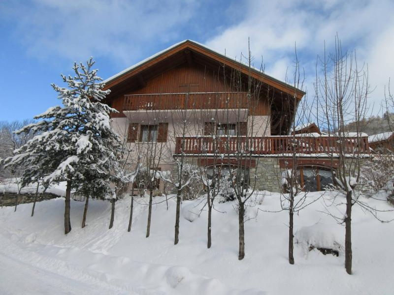 Holiday in mountain resort Chalet les Agneaux - Valloire - Winter outside
