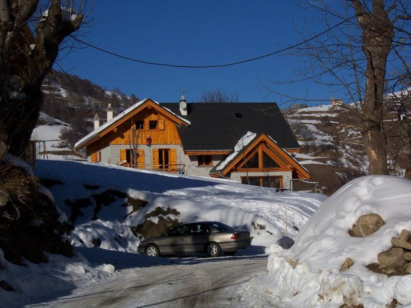 Holiday in mountain resort Chalet les Aiguilles - Valloire - Winter outside