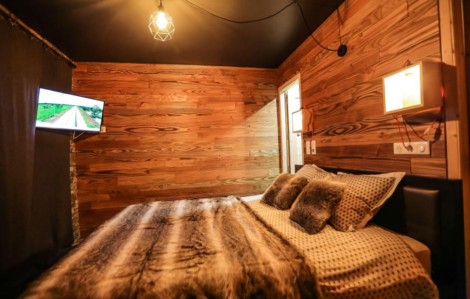 Rent in ski resort Chalet Les Lions Blancs - Valloire - Bedroom