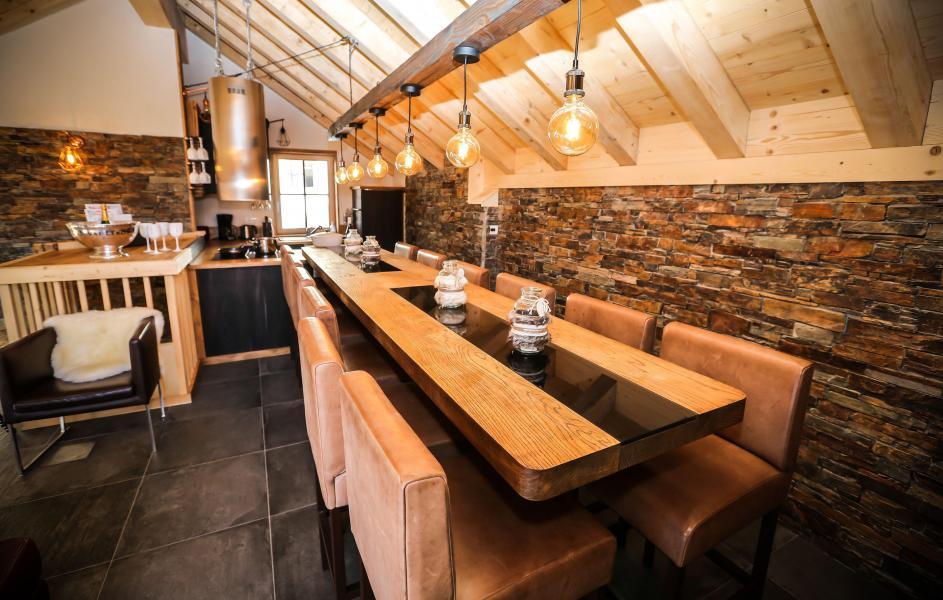 Location au ski Chalet Les Lions Blancs - Valloire - Salle à manger