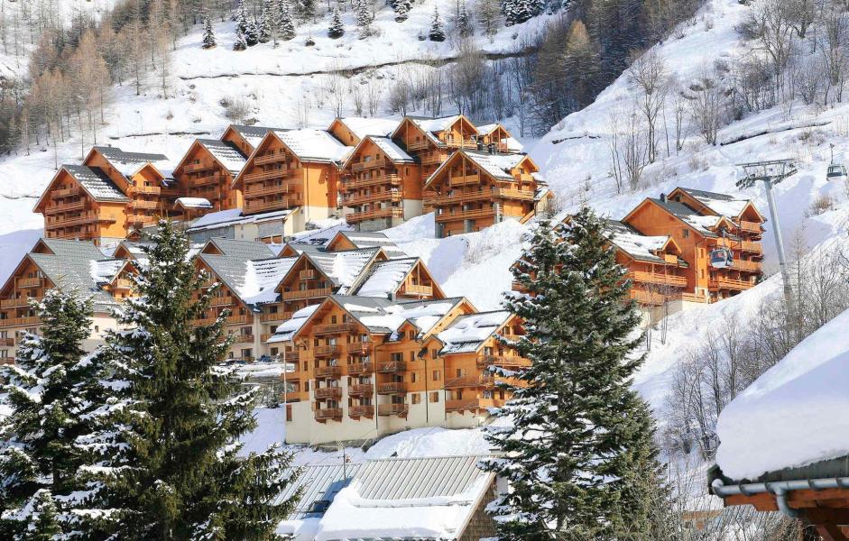 Wakacje w górach Chalets de la Vallée d'Or Edelweiss - Valloire - Zima na zewnątrz