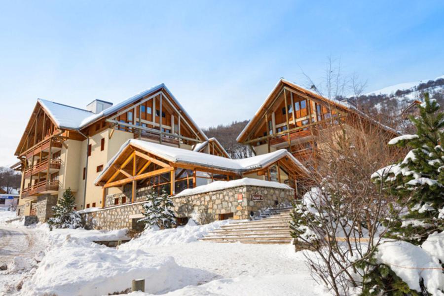 Location au ski Chalets Du Galibier - Valloire - Extérieur hiver