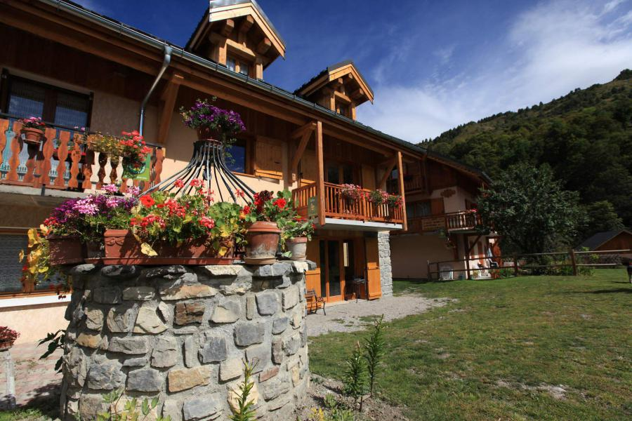 Location au ski La Ferme Des Moulins - Valloire - Extérieur hiver