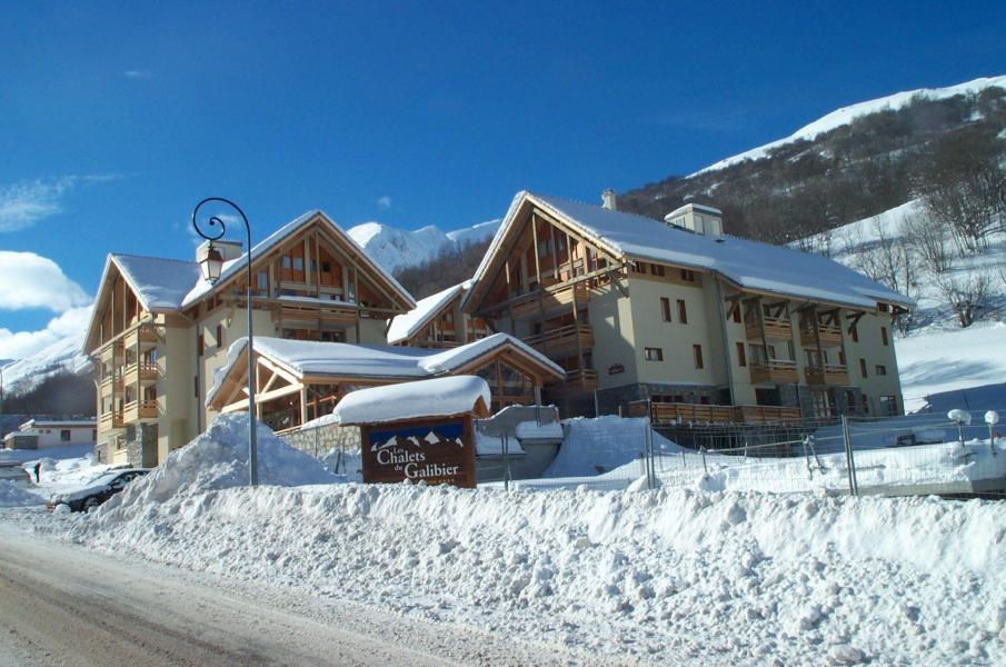 Wynajem na narty Les Chalets du Galibier - Valloire - Zima na zewnątrz