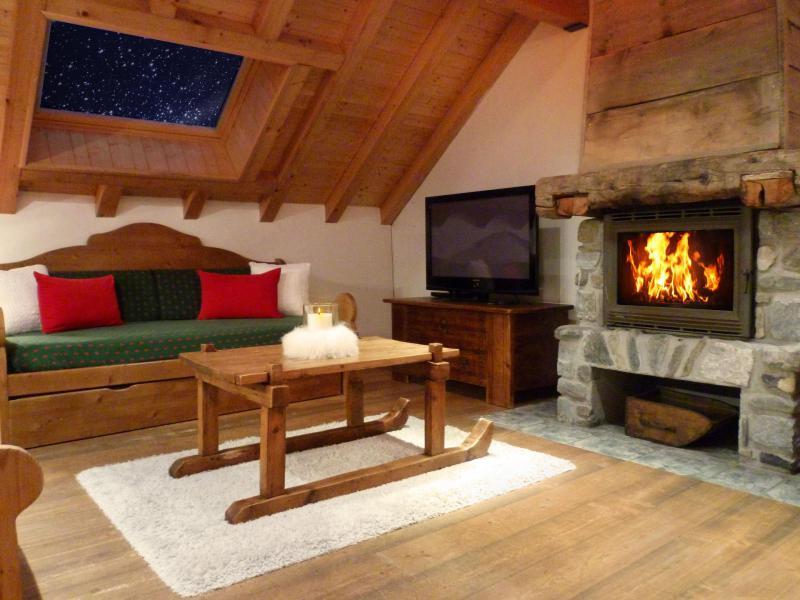 Аренда на лыжном курорте Апартаменты триплекс 6 комнат 12 чел. (3) - Les Fermes du Planet - Valloire - Камин