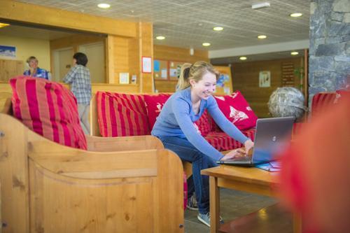 Аренда на лыжном курорте RESIDENCE LE HAMEAU DE VALLOIRE - Valloire - ресепшн