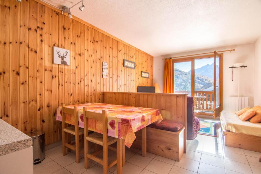 Location au ski Studio cabine 4 personnes (47) - Residence Les Arolles - Valloire