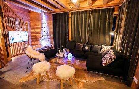 Rent in ski resort Chalet le Pure Altitude - Valloire - Living room
