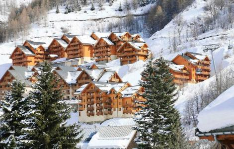 Location Valloire : Le Hameau Et Les Chalets De La Vallee D'or hiver