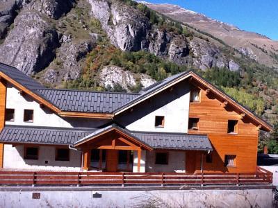 Location au ski Les Chalets D'adrien - Valloire