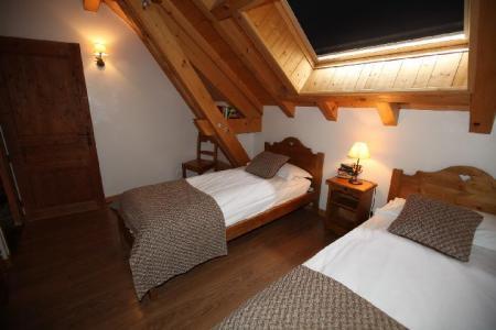 Location au ski Appartement 3 pièces 6 personnes (1E) - Les Fermes Du Planet - Valloire - Velux