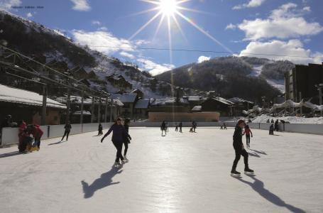 Location au ski Studio cabine 4 personnes (87) - Résidence Altair - Valloire - Extérieur hiver