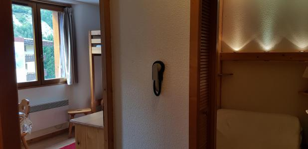 Location au ski Studio cabine 5 personnes (18) - Résidence Bon Accueil - Valloire - Fenêtre