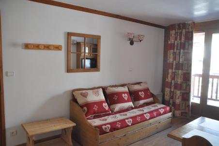 Rent in ski resort 2 room apartment 4 people (102) - Résidence Gentiane Hameau de la Vallée d'Or - Valloire - Bed-settee