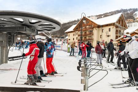 Vacances en montagne Résidence Lagrange les Chalets du Galibier - Valloire - Extérieur hiver