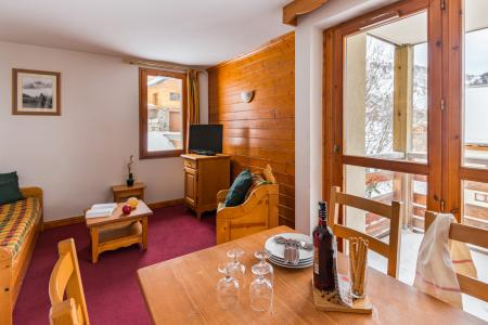 Location au ski Résidence Lagrange les Chalets du Galibier - Valloire - Table