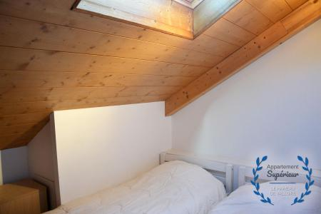 Rent in ski resort 4 room apartment 7 people (superior) - Résidence le Hameau de Valloire - Valloire - Bedroom
