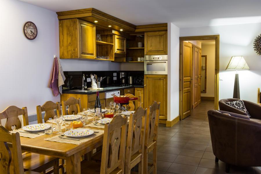 Location au ski Résidence et Spa Vallorcine Mont Blanc - Vallorcine - Cuisine ouverte