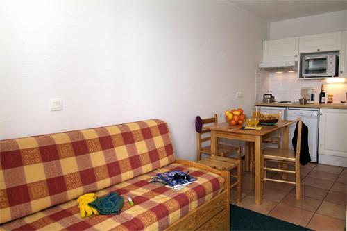 Location au ski Studio cabine 4 personnes - Residence L'ours Blanc - Valmeinier - Séjour