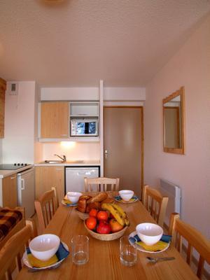 Location au ski Appartement 2 pièces cabine 5-6 personnes - Residence L'ecrin Des Neiges - Valmeinier - Coin repas