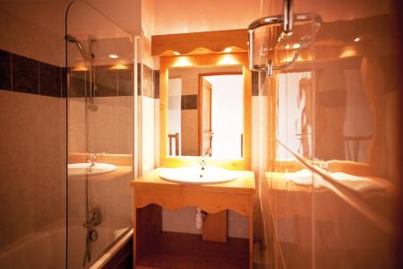 Rent in ski resort Résidence Lagrange le Grand Panorama 2 - Valmeinier - Bathroom