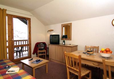 Location au ski Residence Les Lumieres Des Neiges - Valmeinier - Coin repas