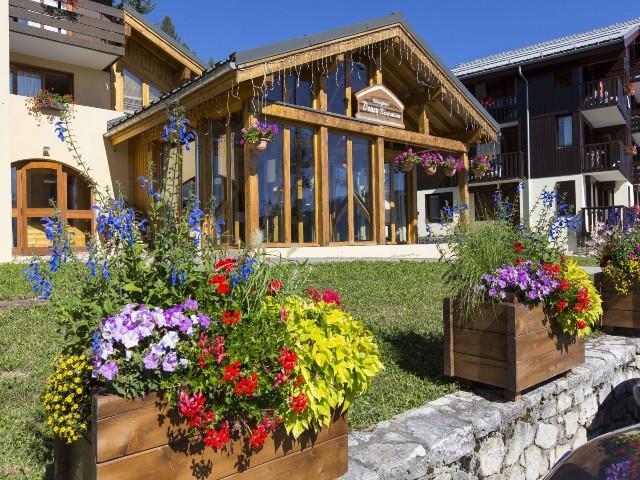 Location au ski Studio 3 personnes (70) - Residence La Duit - Valmorel - Extérieur hiver