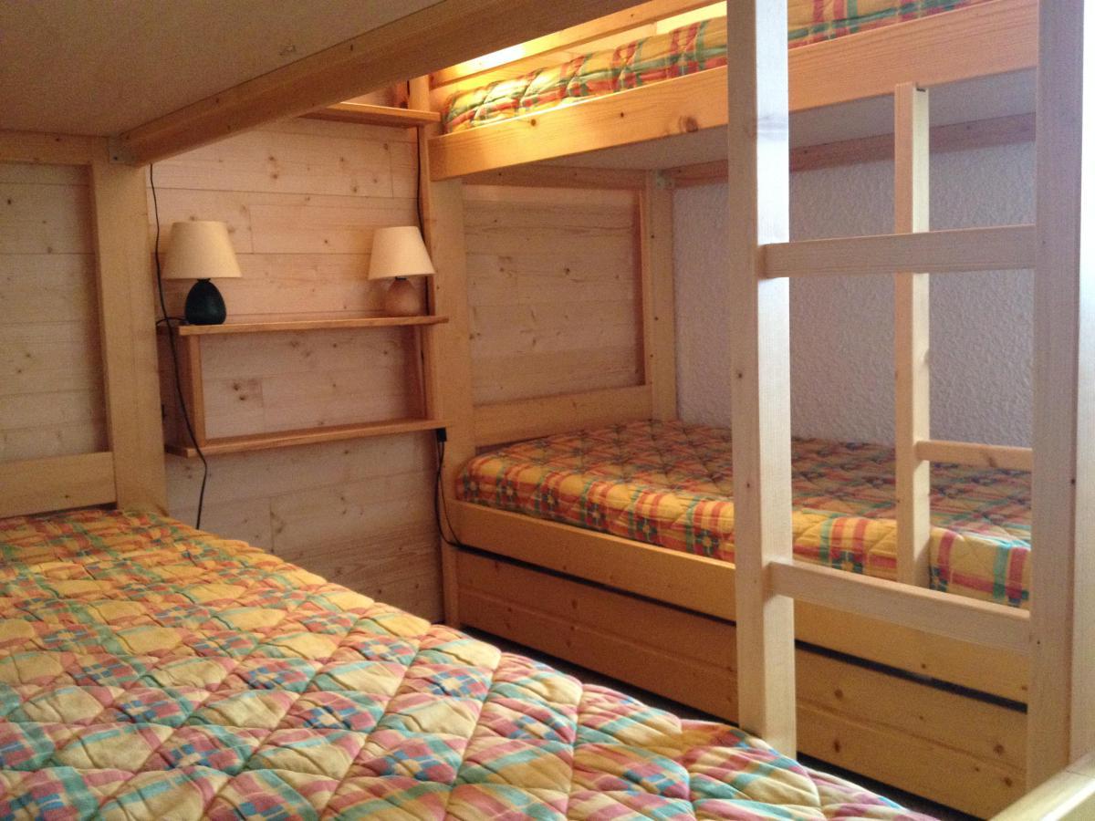 Location au ski Appartement 2 pièces 5 personnes (011) - Residence Le Pierrafort - Valmorel - Lits superposés