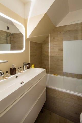Rent in ski resort Hôtel du Bourg - Valmorel - Bath-tub