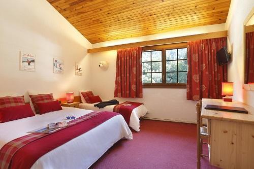 Wynajem na narty Pokój rodzinny (2 osoby) - Hôtel du Bourg - Valmorel - Łóżkem małżeńskim