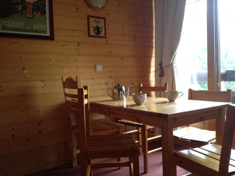 Location au ski Appartement 2 pièces 4 personnes (025) - Résidence l'Orgentil - Valmorel - Table