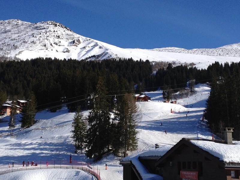Location au ski Studio 4 personnes (037) - Residence La Roche Combe - Valmorel - Extérieur hiver