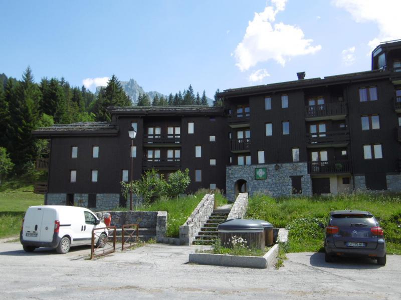 Location au ski Studio 2 personnes (002) - Residence Le Gollet - Valmorel - Extérieur hiver