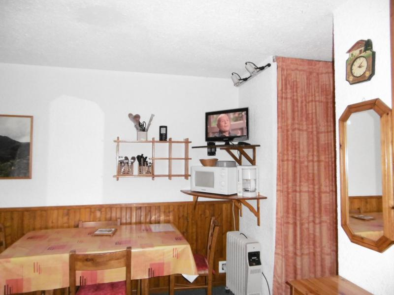 Location au ski Studio 3 personnes (008) - Résidence le Pierrafort - Valmorel - Coin repas