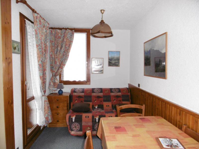 Location au ski Studio 3 personnes (008) - Résidence le Pierrafort - Valmorel - Table