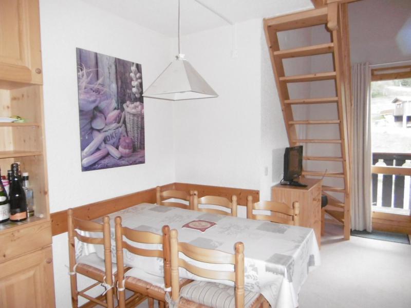 Location au ski Appartement 3 pièces 6 personnes (023) - Résidence les Lauzes - Valmorel - Table