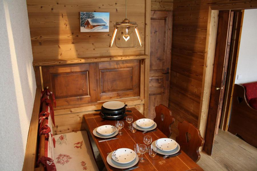 Ski verhuur Studio 4 personen (017) - Résidence les Pierres Plates - Valmorel - Tafel