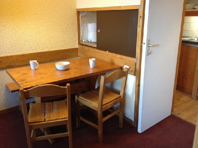 Location au ski Studio 4 personnes (009) - Résidence les Pierres Plates - Valmorel - Table