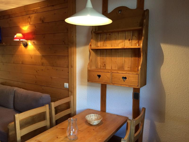 Location au ski Studio 4 personnes (002) - Residence Sapiniere G - Valmorel - Appartement