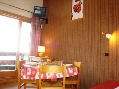 Location au ski Appartement 3 pièces mezzanine 5 personnes (VM ORG 024 E) - Résidence l'Orgentil - Valmorel - Table